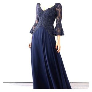 MGNY Wedding Navy Lace Beaded Chiffon Gown NWOT 16